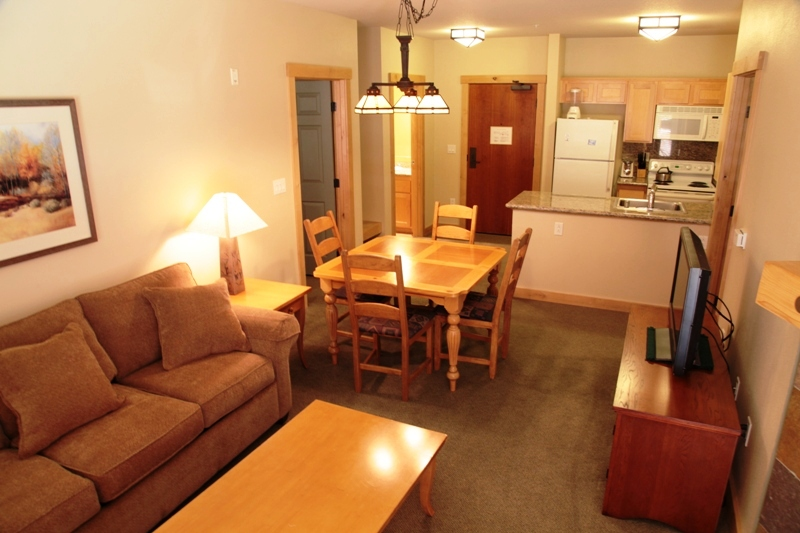 Sunstone Lodge 214 Two Bedroom Mammoth Vacation Rental